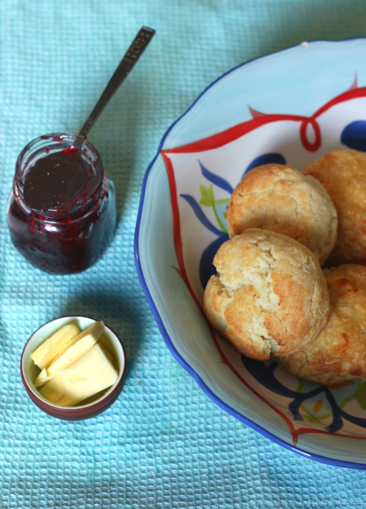 Simple Gluten-free Scones: Cheese, dairy free and Vegan options! These scones are super easy to make and make great snacks - perfect for afternoon tea or in kids' lunch boxes.