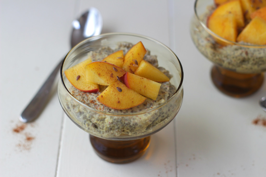 This peach chia pudding takes five minutes to prepare and can be made the night before so you can enjoy it for breakfast. It only requires 6 ingredients, has no added sugar, and is gluten and dairy free! Click through for recipe. www.isleofflora.com
